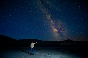 Garry McCarthy points out the Milky Way
